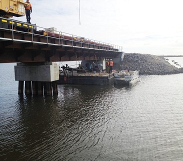 BNSF-w-pontoon-960x720